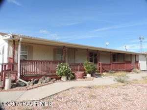 Photo of 350 Iron Horse Road, Kirkland, AZ a single family manufactured home around 1600 Sq Ft., 3 Beds, 2 Baths