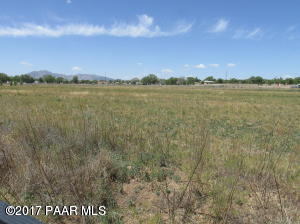 Photo of 000 W Center Street, Chino Valley, AZ a vacant land listing for 2 acres