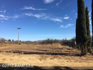 Photo of 14065 S Holly Road, Mayer, AZ a vacant land listing for 0.22 acres