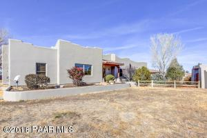 Photo of 20820 N Hackamore Lane, Paulden, AZ a single family home around 2700 Sq Ft., 3 Beds, 3 Baths