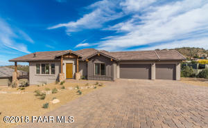 Photo of 810 Summer Field, Prescott, AZ a single family home around 2400 Sq Ft., 3 Beds, 3 Baths