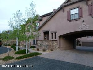 Beautiful Townhouse in Hassayampa