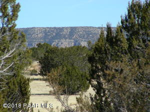 Photo of 58300 Calle Isabel, Seligman, AZ a vacant land listing for 1.48 acres
