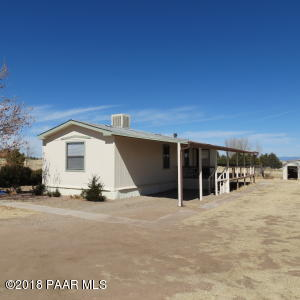 Photo of 935 S Yuma Drive, Chino Valley, AZ a single family manufactured home around 900 Sq Ft., 2 Beds, 2 Baths