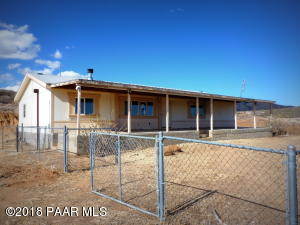 Photo of 1155 N Rabbit Ridge Road, Dewey, AZ a single family manufactured home around 1600 Sq Ft., 3 Beds, 2 Baths