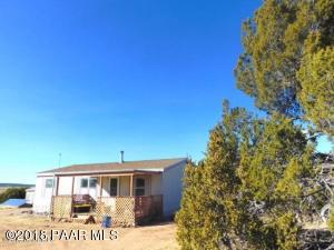 Photo of 928 Thirsty Burros/Deadwood Road, Seligman, AZ a single family manufactured home around 1200 Sq Ft., 3 Beds, 2 Baths