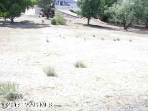 Photo of 596 N Apache Drive, Dewey, AZ a vacant land listing for 0.32 acres