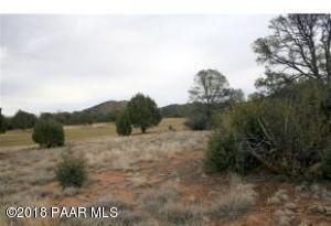 Photo of 14560 N Pauls Spur Drive, Prescott, AZ a vacant land listing for 0.92 acres
