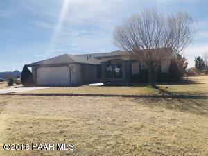 Photo of 25200 N High Desert Road, Paulden, AZ a single family home around 1700 Sq Ft., 3 Beds, 2 Baths