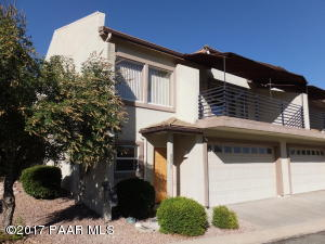 Photo of 971 N Fairway Drive, Dewey, AZ a townhome around 1800 Sq Ft., 3 Beds, 3 Baths