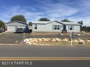 Photo of 20932 E Quail Run Drive, Mayer, AZ a single family manufactured home around 1300 Sq Ft., 3 Beds, 2 Baths