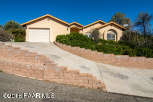 Photo of 602 Mockingbird Court, Prescott, AZ a single family home around 2000 Sq Ft., 4 Beds, 2 Baths
