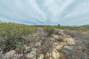 Photo of 0 N Shalom Ranch Road, Dewey, AZ a vacant land listing for 4 acres