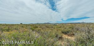 Photo of 0 N Shalom Ranch Road, Dewey, AZ a vacant land listing for 8 acres