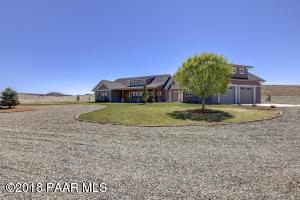 Photo of 5645 E Americana Way, Chino Valley, AZ a single family home around 2100 Sq Ft., 3 Beds, 3 Baths