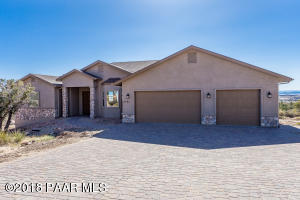 9690 Legend Hills Road, Prescott Valley, AZ 86315