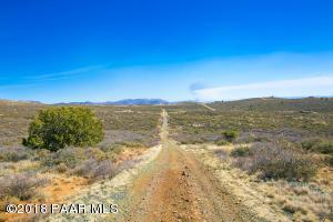 0 N Shamrock, Dewey-Humboldt, AZ 86327