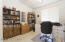 Guest bedroom/Office