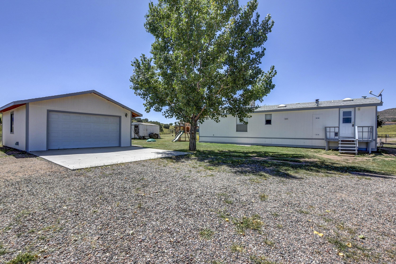 2325 N Hohokam Drive, Chino Valley, AZ 86323-8604