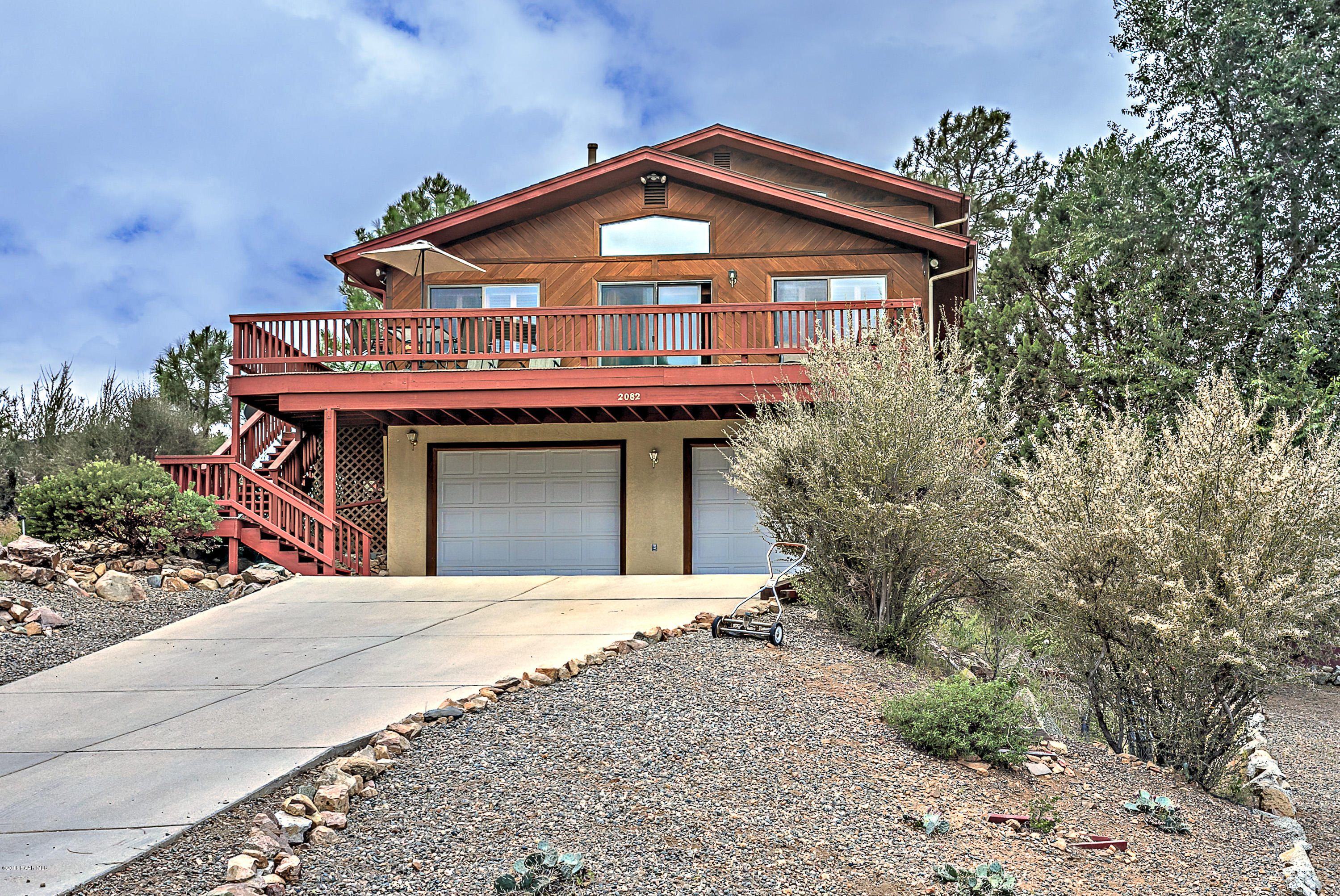 2082 W View Point Road, Prescott Az 86303