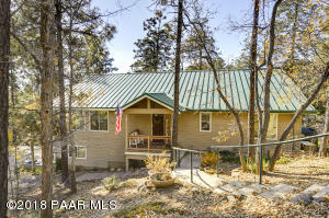 Year round living in this exceptional home!Easy care exterior with Metal Roofing and Vinyl Siding!
