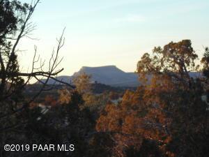 1367 Sierra Verde Ranch, Seligman, AZ 86337