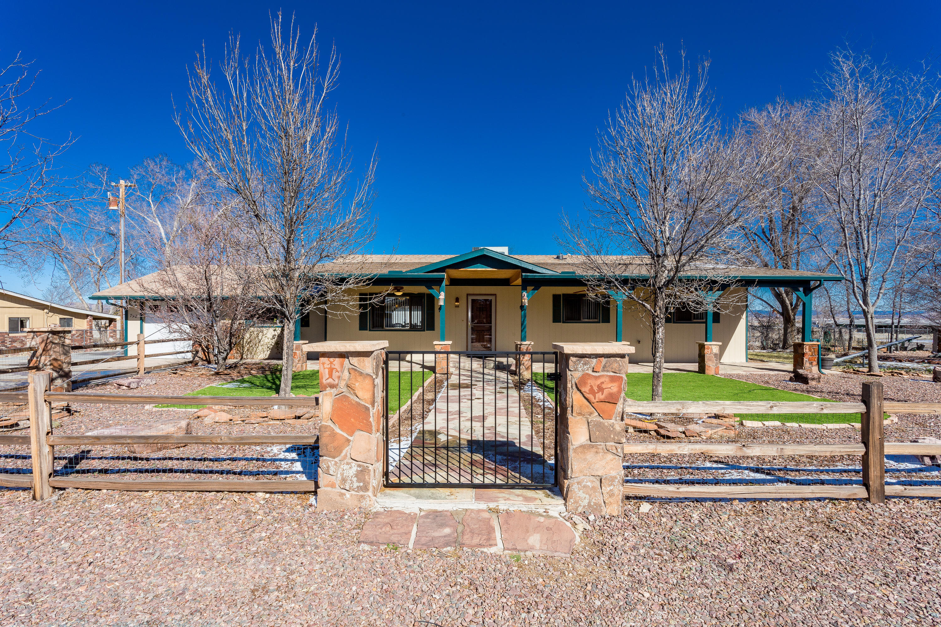 792 W Damion Loop , Chino Valley Az 86323