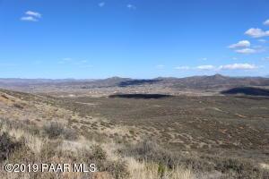 11062 E Iron King Road, Dewey-Humboldt, AZ 86327