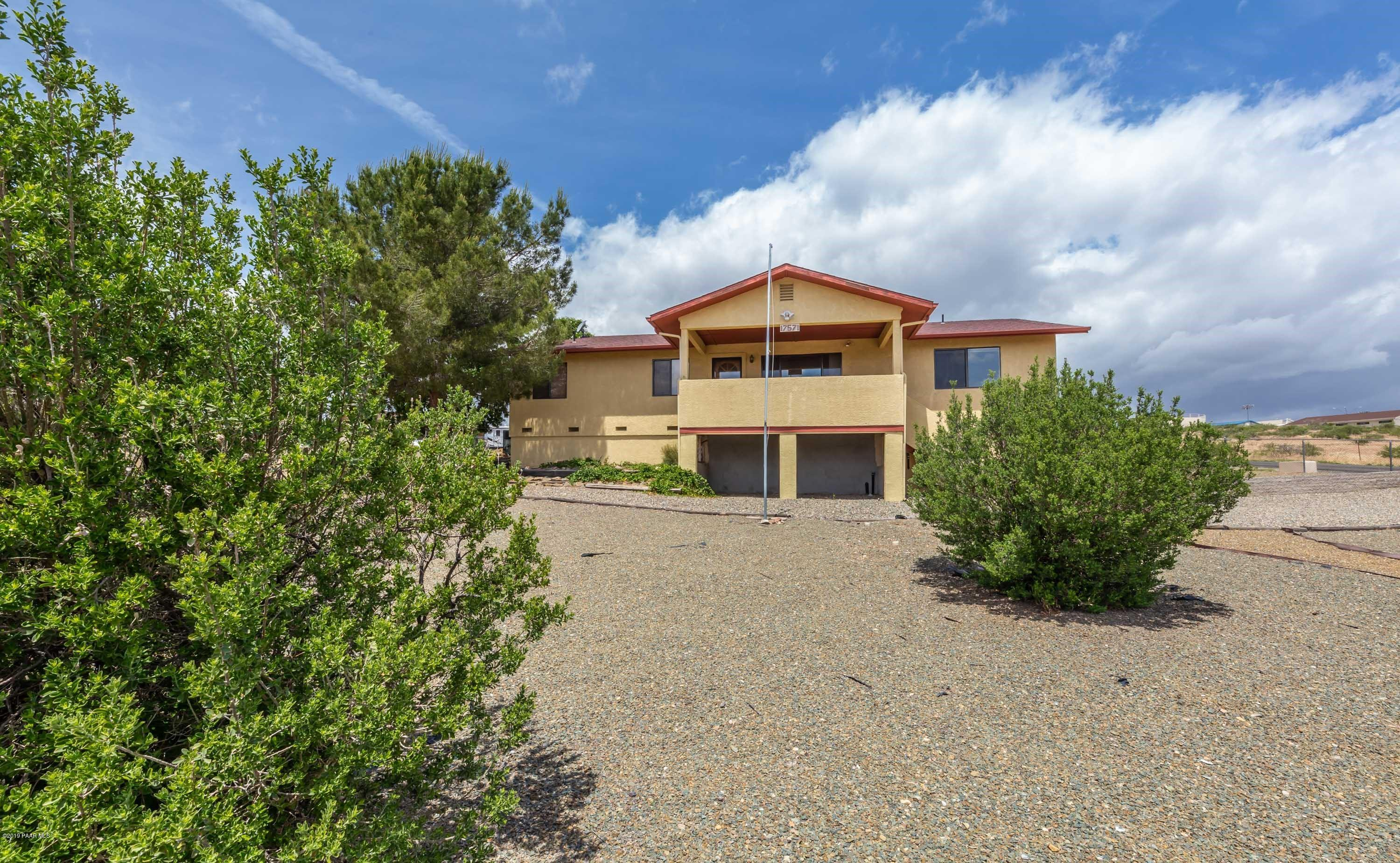17571 E Hummingbird Lane, Mayer Az 86333