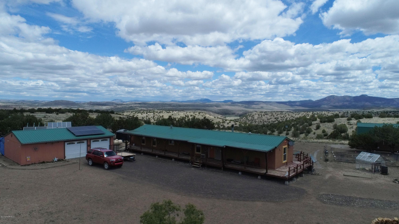 Photo of 23450 Viking Ln, Seligman, AZ 86337
