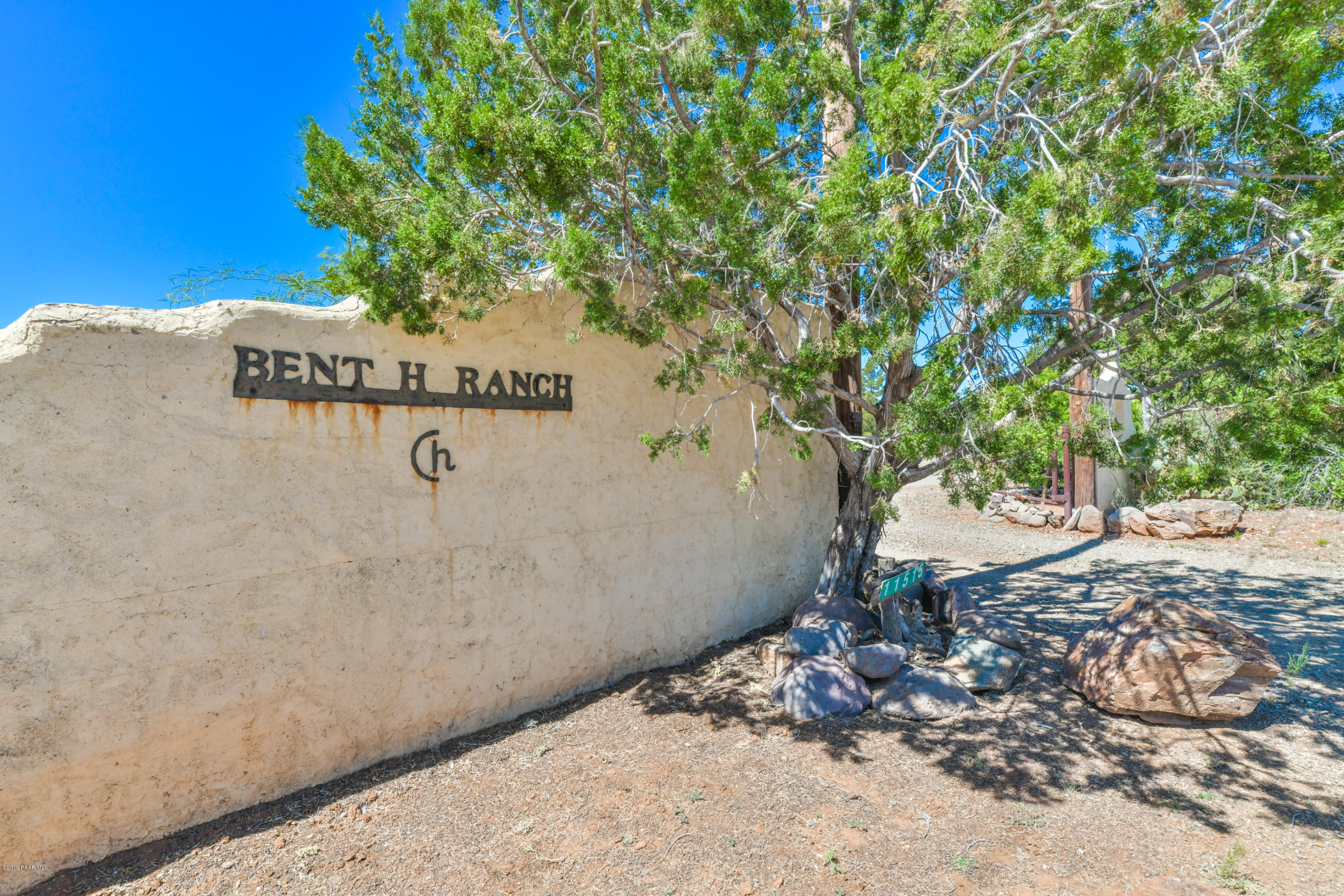 Photo of 11515 Hackberry, Mayer, AZ 86333
