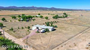 24220 N Big Springs Ranch Road, Paulden, AZ 86334