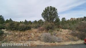 17734 S Tawny Lane, Peeples Valley, AZ 86332