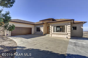 Beautiful home in a highly sought after location of Yavapai Hills. Close to all the amenities and in a really nice subdivision with low HOA dues.