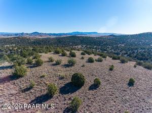 2190 W Kessler Ranch Road, Paulden, AZ 86334