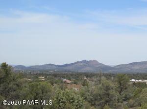 12910 N Iron Hawk Drive, Prescott, AZ 86305