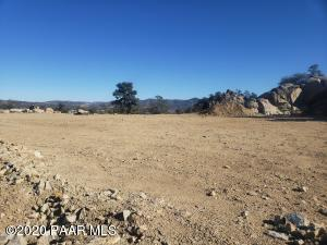 NEW 15 LOT PHASE IN THIS HIGHLY SOUGHT AFTER PRESCOTT SUBDIVISION. LESS THAN 2 MILES FROM HISTORIC DOWNTOWN PRESCOTT. GORGEOUS VIEWS OF THUMB BUTTE & GRANITE MOUNTAIN AMAZING VIEWS OF DOWNTOWN PRESCOTT. BOULDERS, NATURAL LANDSCAPING,LARGE LEVEL ENGINEERED BUILDING PAD. CITY WATER, CITY SEWER, NATURAL GAS, NO HOA!! 2000 SQ FT MIN CHOOSE YOUR BUILDER NO BUILD TIME. SEE ATTACHED PUBLIC REPORT, PLAT, AND CC&R'S