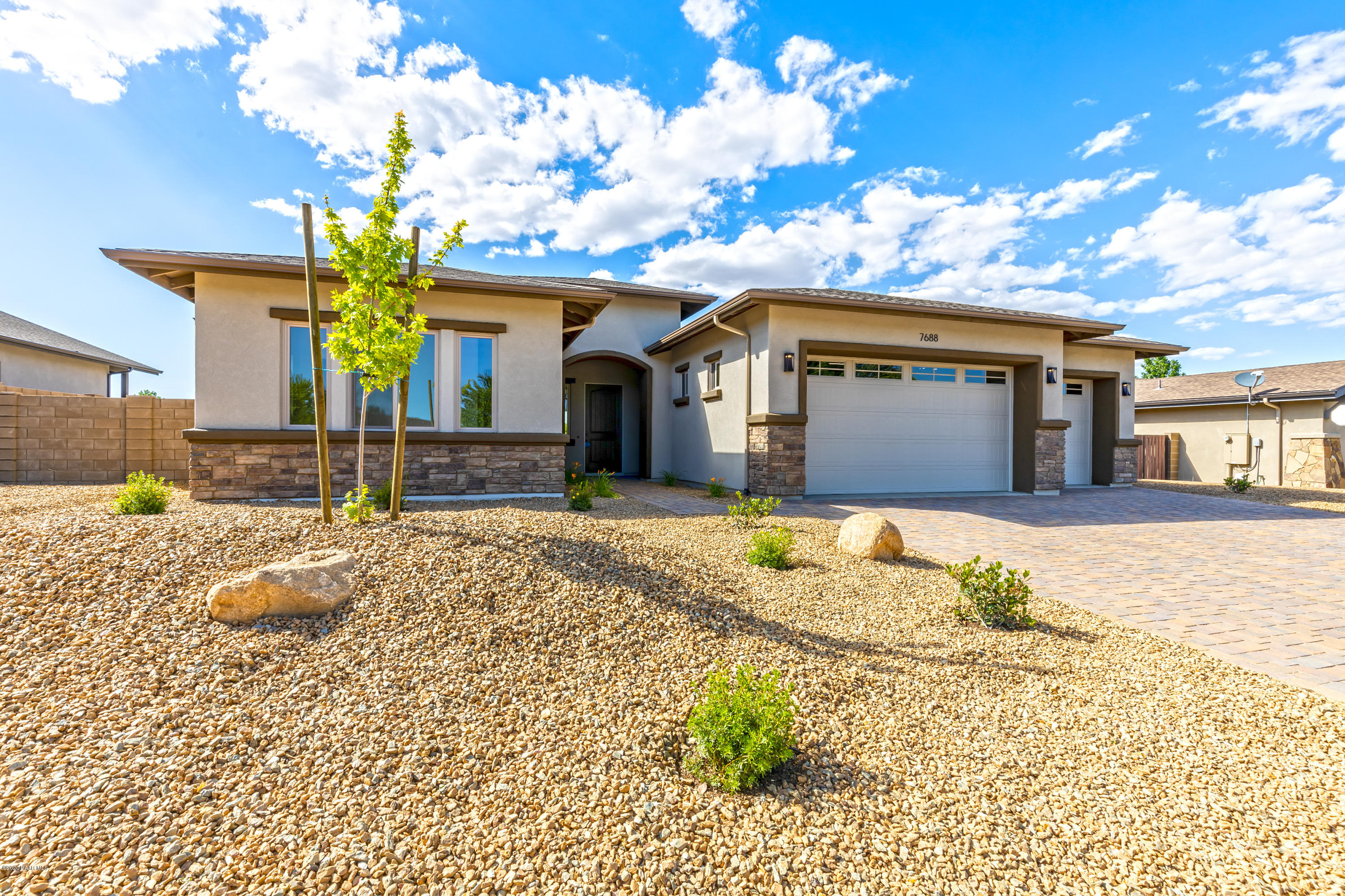 Photo of 7688 Mesteno, Prescott Valley, AZ 86315