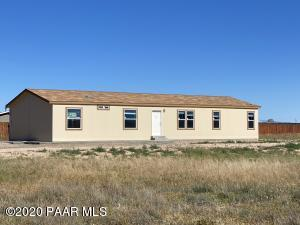 575 Ranch House Road, Paulden, AZ 86334