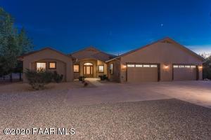 13688 N Iron Hawk Drive, Prescott, AZ 86305