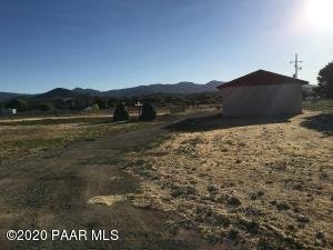 1160 N River Drive, Dewey-Humboldt, AZ 86327