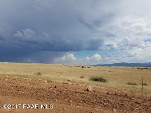 6.79 Acres E Ventura Way, Prescott Valley, AZ 86315