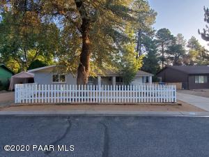1712 Meadowbrook Road, Prescott, AZ 86303