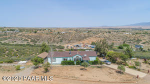 10480 E Powerline Road, Dewey-Humboldt, AZ 86327