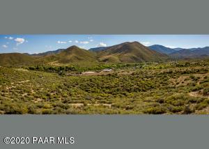 10410 E Vaca Bonita Road, Dewey-Humboldt, AZ 86329
