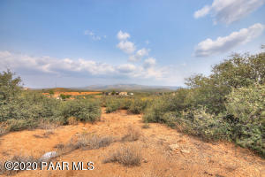 00 E Sterling Spur Road, Dewey-Humboldt, AZ 86327