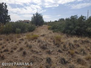 20587 E Hereford Drive, Mayer, AZ 86333
