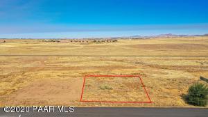8668 E Laredo Drive, Prescott Valley, AZ 86314