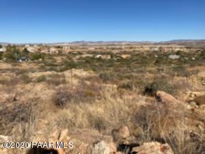15666 S Val Vista Road, Mayer, AZ 86333