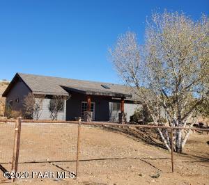 10600 E Earle Way, Dewey-Humboldt, AZ 86327